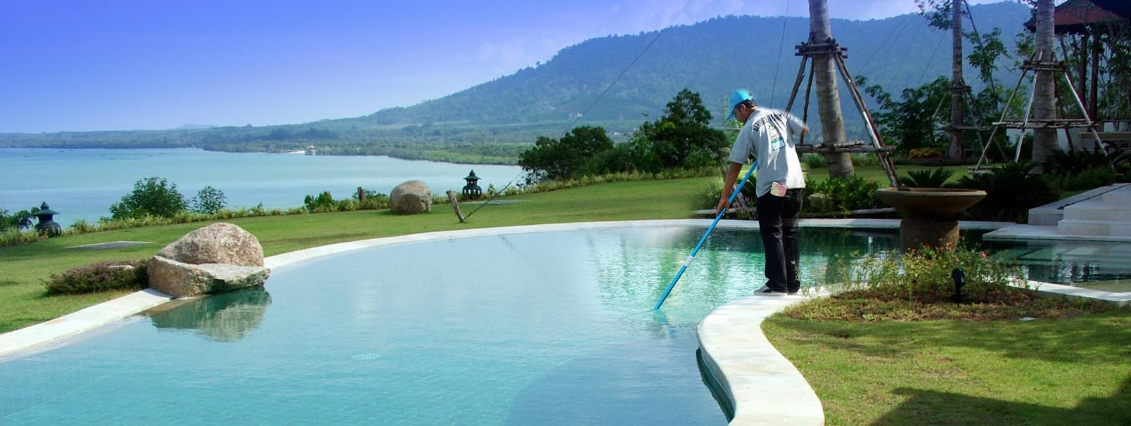 Cleaning Swimming Pools : Inground pool cleaners austin maintenance clean